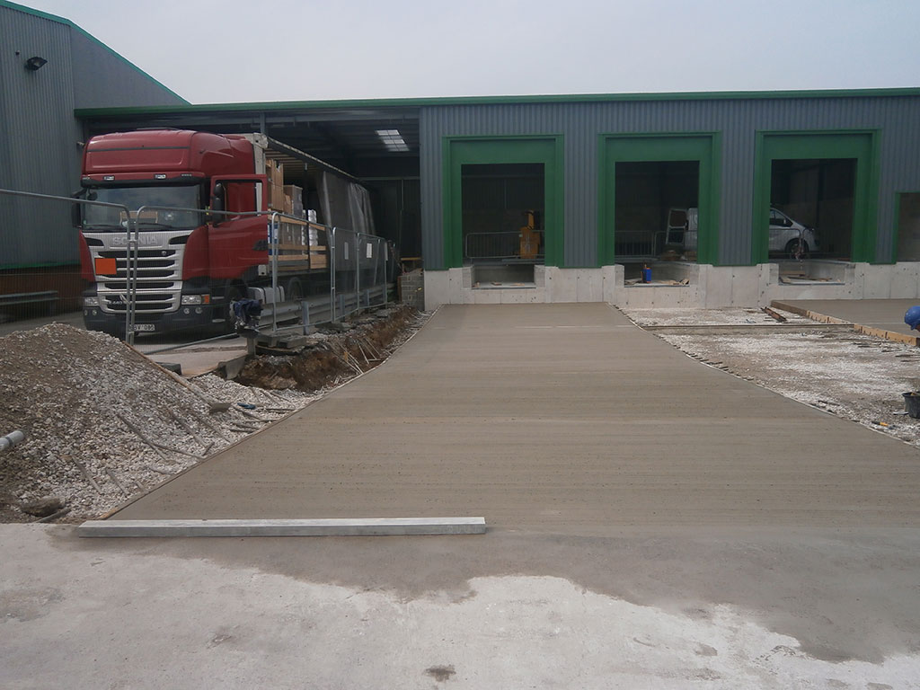 New external yard for Farmfoods